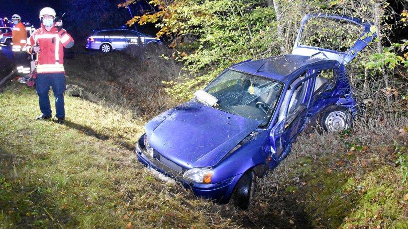 Unfall bei Meinersen: Auto überschlägt sich – Fahrer verletzt