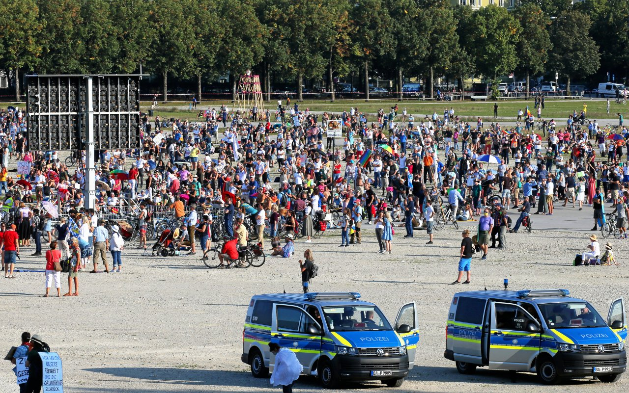 Überall in Deutschland – hier in München – gingen Menschen am Sonnabend auf die Straße.